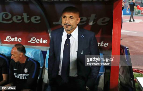 Coach of FC Internazionale Luciano Spalletti looks on before the Serie A match between SSC Napoli and FC Internazionale at Stadio San Paolo on...
