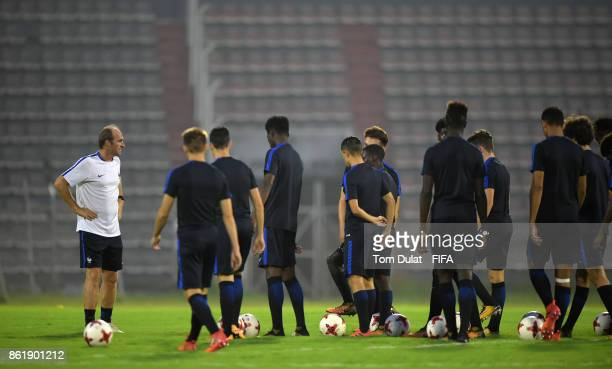 Coach of France Lionel Rouxel speaks to the players during a training session ahead of the FIFA U17 World Cup India 2017 tournament on October 16...