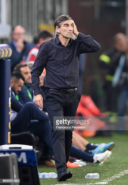 Coach of Genoa CFC Ivan Juric gestures during the Serie A match between Genoa CFC and SSC Napoli at Stadio Luigi Ferraris on October 25 2017 in Genoa...