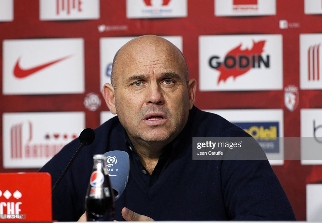 Coach of Lille Frederic Antonetti answers to the media following the French Ligue 1 match between Lille OSC (LOSC) and AS Saint-Etienne (ASSE) at Stade Pierre Mauroy on December 2, 2015 in Lille, France.