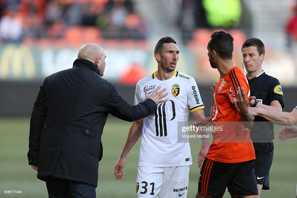 Coach of Lille Frederic Antonetti of Lille and Morgan Amalfitano of Lille during the French Ligue 1 match between Fc Lorient and Lille OSC at Stade...