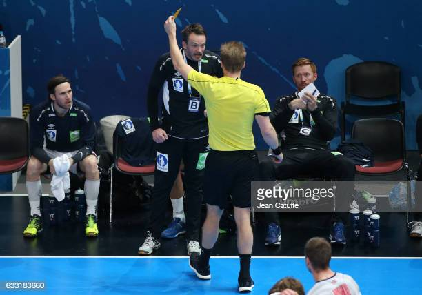 Coach of Norway Christian Berge receives a yellow card during the 25th IHF Men's World Championship 2017 Final between France and Norway at...
