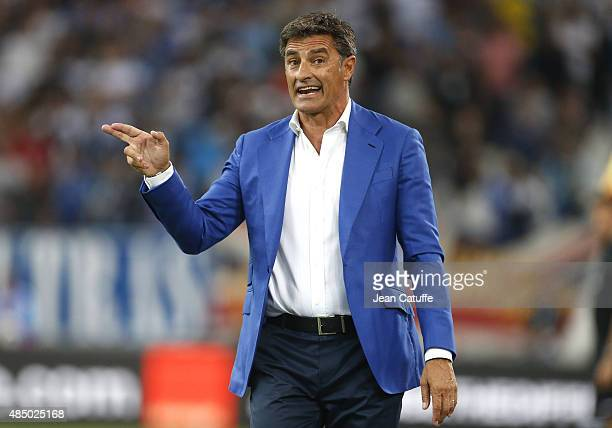 Coach of OM Jose Miguel Gonzalez Martin del Campo reacts during the French Ligue 1 match between Olympique de Marseille and Troyes ESTAC at New Stade...