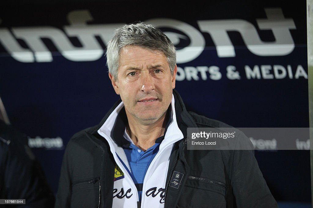 Coach of Pescara Cristiano Bengodi looks on during the TIM Cup match between Cagliari Calcio and Pescara at Stadio Is Arenas on December 5, 2012 in Cagliari, Italy.