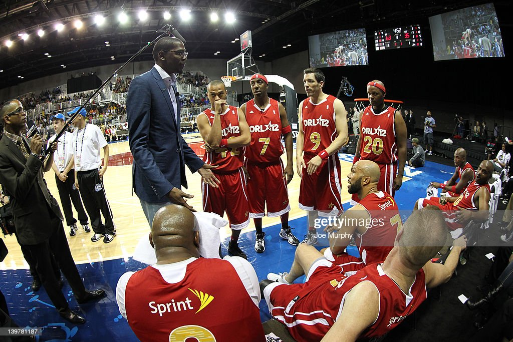 Coach of the West team <a gi-track='captionPersonalityLinkClicked' href=/galleries/search?phrase=Kevin+Durant&family=editorial&specificpeople=3847329 ng-click='$event.stopPropagation()'>Kevin Durant</a> of the Oklahoma City Thunder coaches his team during the Sprint All-Star Celebrity Game on center court at Jam Session during the NBA All-Star Weekend on February 24, 2012 at the Orange County Convention Center in Orlando, Florida.