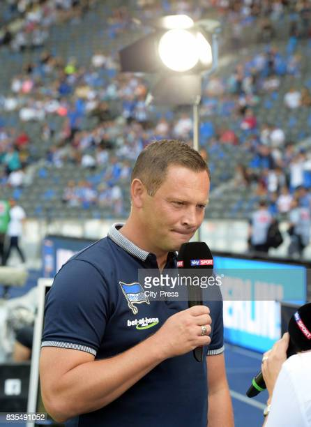 Coach Pal Dardai of Hertha BSC before the game between Hertha BSC and dem VfB Stuttgart on August 19 2017 in Berlin Germany
