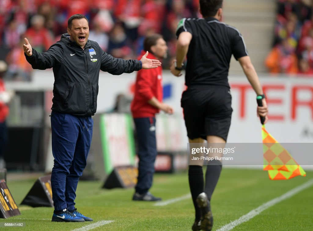 coach Pal Dardai of Hertha BSC during the game between FSV Mainz 05 and Hertha BSC on april 15, 2017 in Mainz, Germany.