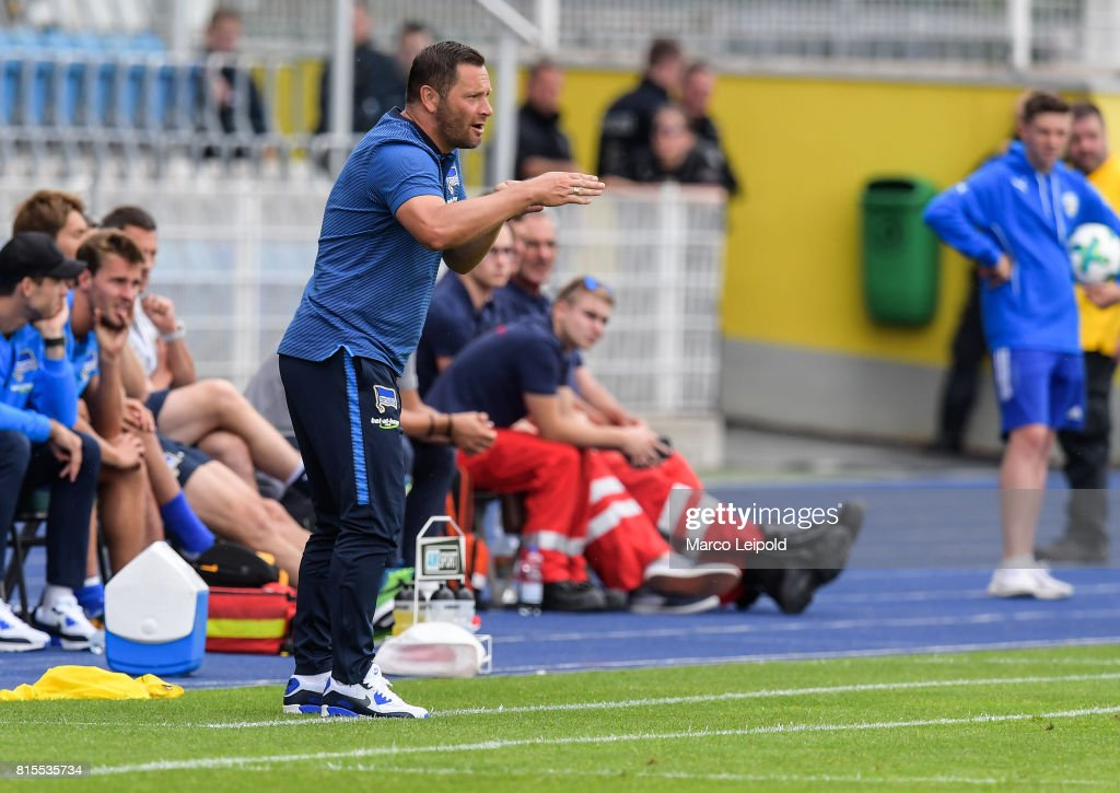 Coach Pal Dardai of Hertha BSC during the test match between Carl-Zeiss Jena and Hertha BSC on july 16, 2017 in Jena, Germany.