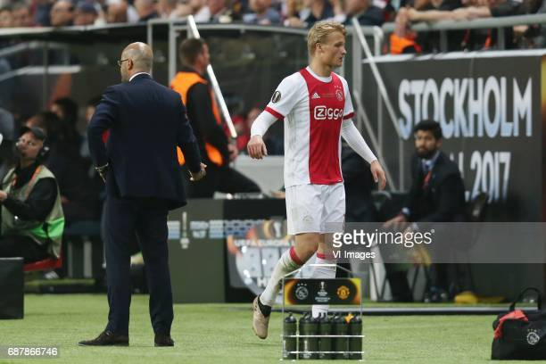 coach Peter Bosz of Ajax Kasper Dolberg of Ajaxduring the UEFA Europa League final match between Ajax Amsterdam and Manchester United at the Friends...