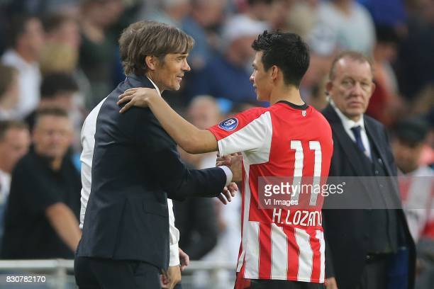 coach Phillip Cocu of PSV Hirving Lozano of PSV during the Dutch Eredivisie match between PSV Eindhoven and AZ Alkmaar at the Phillips stadium on...