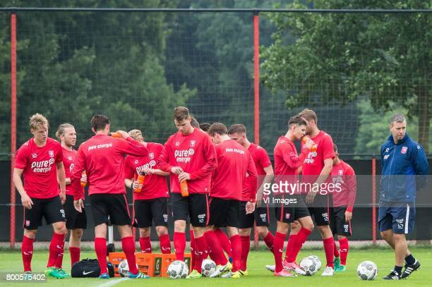 coach Rene Hake of FC Twente and his players during a drinking pauseduring a training session at Trainingscentrum Hengelo on June 24 2017 in Hengelo...