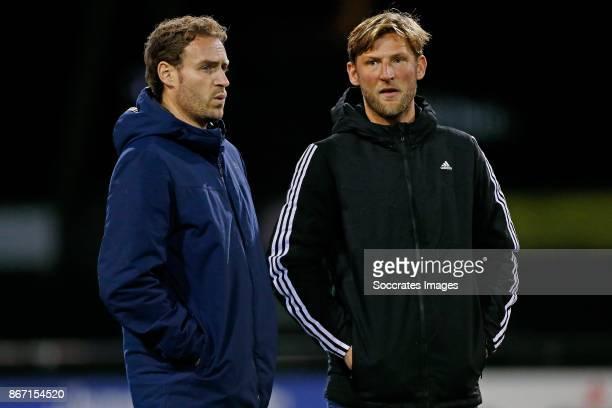 Coach Rick Mathijssen of Amsterdam Dames 1 Assistent trainer Robert Tigges of Amsterdam Dames 1 during the match between Den Bosch D1 v Amsterdam D1...