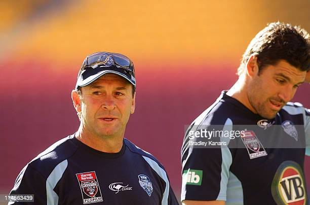 Coach Ricky Stuart and Assistant Coach Trent Barrett during a New South Wales Blues State of Origin training session at Suncorp Stadium on May 24...