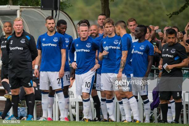 Coach Ronald Koeman of Everton FC Morgan Schneiderin of Everton FC Wayne Rooney of Everton FC Kieran Dowell of Everton FC Muhamed Besic of Everton FC...