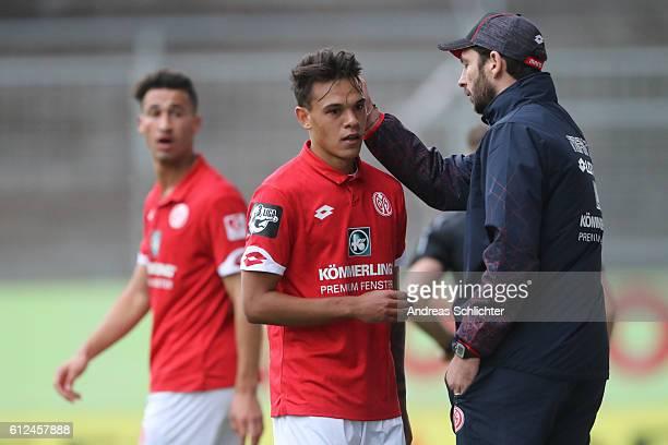 Coach Sandro Schwarz and Devante parker of FSV Mainz 05 II during the Third League match between 1FSV Mainz 05 II and RW Erfurt at Bruchweg Stadium...