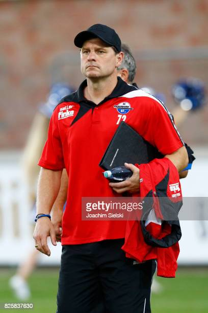 Coach Steffen Baumgart of Paderborn before the 3 Liga match between Sportfreunde Lotte and SC Paderborn 07 at Frimo Stadion on August 1 2017 in Lotte...