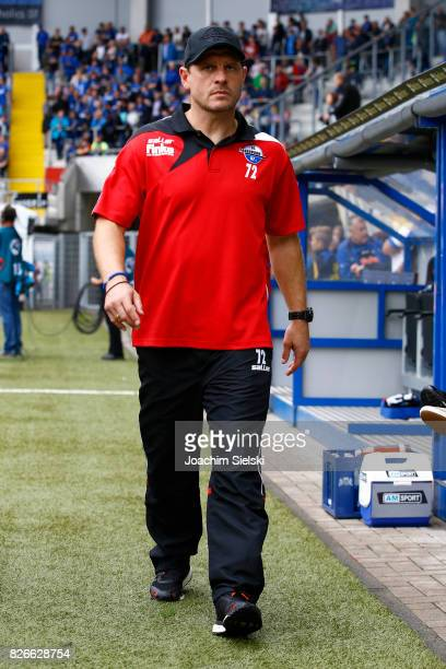Coach Steffen Baumgart of Paderborn before the 3 Liga match between SC Paderborn 07 and SG Sonnenhof Grossaspach at Benteler Arena on August 5 2017...