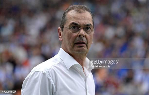 Coach Stelian Moculescu of Friedrichshafen reacts during the Volleyball Bundesliga match between VfB Friedrichshafen and Berlin Recycling Volleys at...