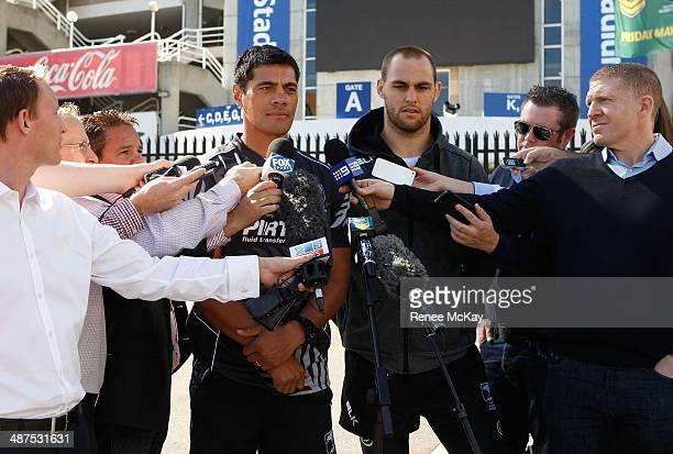 Coach Stephen Kearney and captain Simon Mannering speak to the media during a New Zealand Kiwis Media Session at Allianz Stadium on May 1 2014 in...