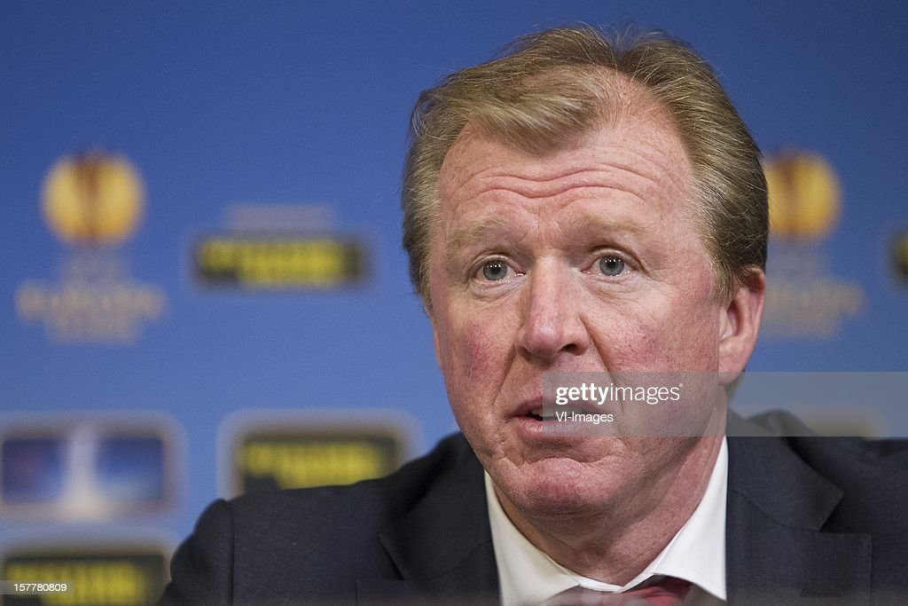 Coach Steve McClaren of FC Twente during the Europa League match between FC Twente and Helsingborgs IF at the Grolsch Veste on December 6, 2012 in Enschede, The Netherlands.