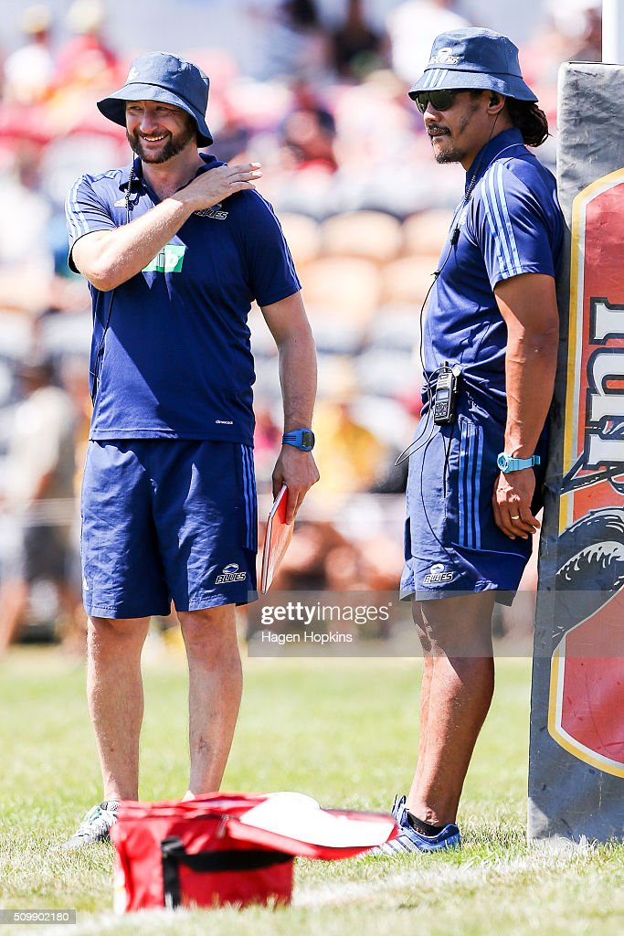 Coach <a gi-track='captionPersonalityLinkClicked' href=/galleries/search?phrase=Tana+Umaga&family=editorial&specificpeople=203218 ng-click='$event.stopPropagation()'>Tana Umaga</a> and assistant coach Alistair Rogers of the Blues look on during the Super Rugby pre-season match between the Blues and the Hurricanes at Eketahuna Rugby Club on February 13, 2016 in Eketahuna, New Zealand.
