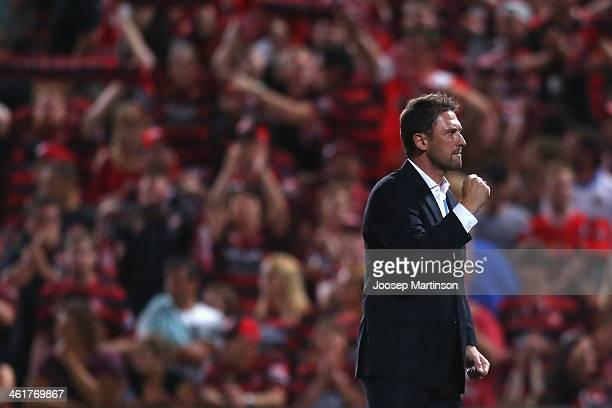 Coach Tony Popovic of the Wanderers celebrates a win of the round 14 ALeague match between the Western Sydney Wanderers and Sydney FC at Parramatta...