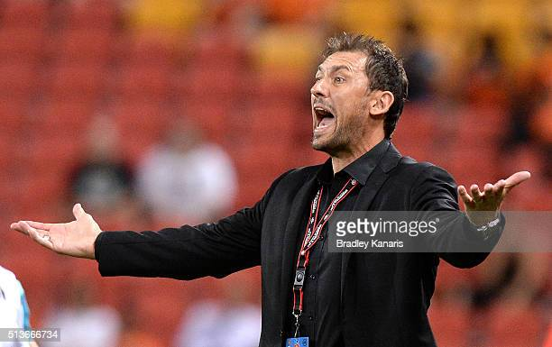 Coach Tony Popovic of the Wanderers reacts to the referees decision during the round 22 ALeague match between the Brisbane Roar and the Western...
