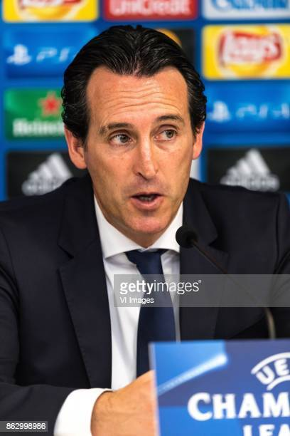 coach Unai Emery of Paris SaintGermain during the UEFA Champions League group B match between RSC Anderlecht and Paris Saint Germain on October 18...