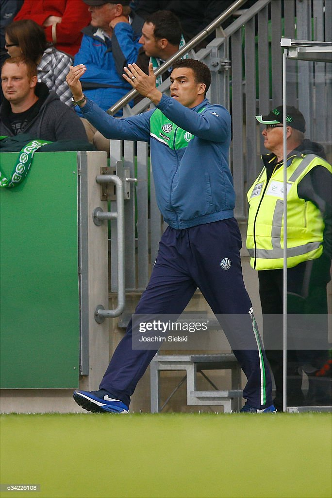Coach <a gi-track='captionPersonalityLinkClicked' href=/galleries/search?phrase=Valerien+Ismael&family=editorial&specificpeople=171978 ng-click='$event.stopPropagation()'>Valerien Ismael</a> of Wolfsburg during the 3. Liga Playoff Leg 1 match between VfL Wolfsburg II and Jahn Regensburg at AOK Stadion on May 25, 2016 in Wolfsburg, Germany.