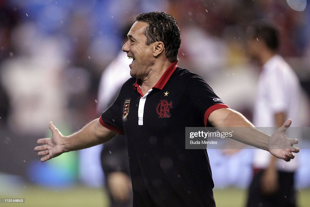 Coach Vanderlei Luxemburgo of Flamengo celebrate victory after penalty in the match as part Semifinal of Rio de Janeiro State Championship 2011 at...