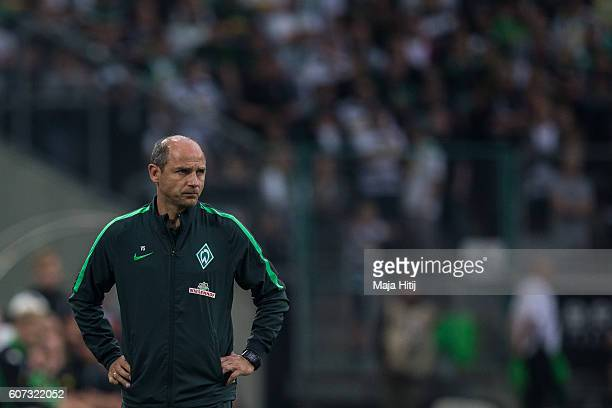 Coach Viktor Skripnik of Bremen looks on at the Bundesliga match between Borussia Moenchengladbach and Werder Bremen at BorussiaPark on September 17...