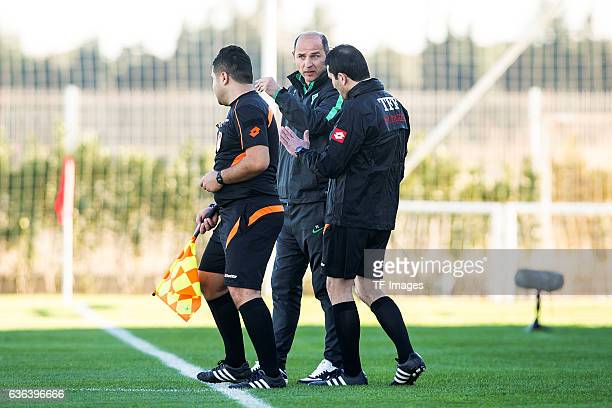 Coach Viktor Skripnik of Werder Bremen gestures during the Friendly Match between SV Werder Bremen and FK Austria Wien at training camp on January 15...