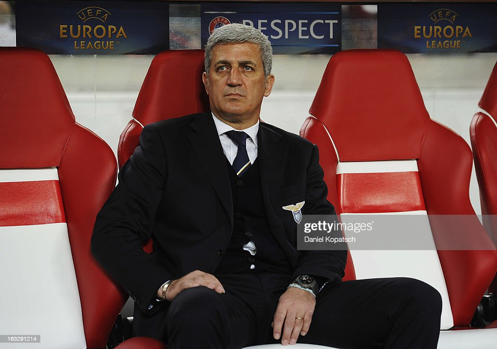 Coach Vladimir Petkovic of Lazio looks on prior the UEFA Europa League round of sixteen first leg match between VfB Stuttgart and Lazio at Mercedes-Benz Arena on March 7, 2013 in Stuttgart, Germany.