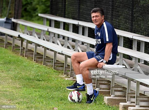 Coach Walter Mazzarri during FC Internazionale training session at Catholic University of America on July 24 2014 in Washington United States