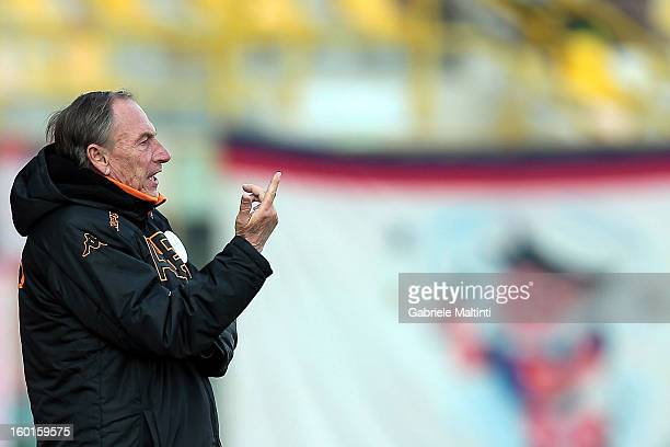 Coach Zdenek Zeman of AS Roma shouts instructions to his players during the Serie A match between Bologna FC and AS Roma at Stadio Renato Dall'Ara on...