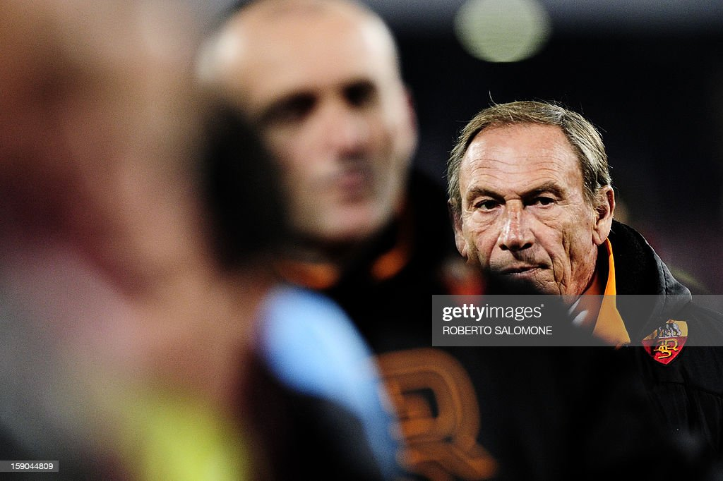 A.S. coach Zdenek Zmen reacts as he leaves the pitch at the end of the Serie A football match SSC Napoli vs A.S. Roma at San Paolo Stadium in Naples on January 6, 2013. AFP PHOTO / ROBERTO SALOMONE