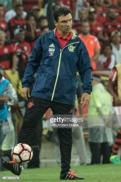 Coach Ze Ricardo of Brazil's Flamengo reacts during the 2017 Copa Libertadores football match against Brazil's Atletico PR at Maracana statidum in...