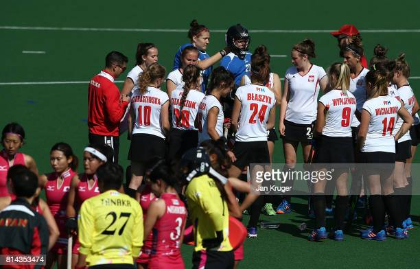 Coaches chat to players during day 4 of the FIH Hockey World League Semi Finals Pool B match between Poland and Japan at Wits University on July 14...