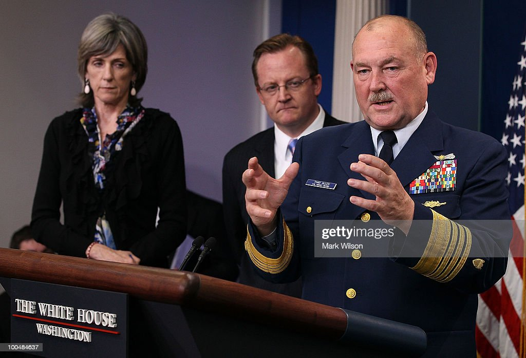 US Coast Guard Commandant Thad Allen (R) speaks while joined by Press Secretary Robert Gibbs (C) and White House energy czar Carol Browner, during a briefing at the White House on May 24, 2010 in Washington, DC. Commandant Allen and Secretary Gibbs briefed reporters on the current situation with the BP oil leak in the Gulf of Mexico caused the explosion and destruction of the oil rig Deepwater Horizon.
