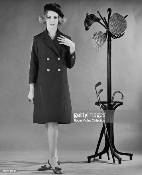 Coat in Terylene Hairstyle of 60's Readytowear fashion springsummer 1962