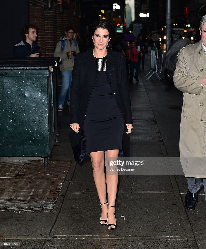 <a gi-track='captionPersonalityLinkClicked' href=/galleries/search?phrase=Cobie+Smulders&family=editorial&specificpeople=739940 ng-click='$event.stopPropagation()'>Cobie Smulders</a> arrives to 'Late Show with David Letterman' at Ed Sullivan Theater on November 7, 2013 in New York City.