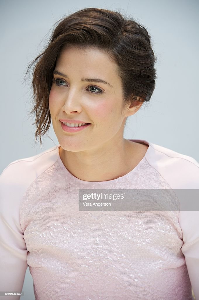 <a gi-track='captionPersonalityLinkClicked' href=/galleries/search?phrase=Cobie+Smulders&family=editorial&specificpeople=739940 ng-click='$event.stopPropagation()'>Cobie Smulders</a> at the 'Delivery Man' Press Conference at the Four Seasons Hotel on November 1, 2013 in Beverly Hills City.