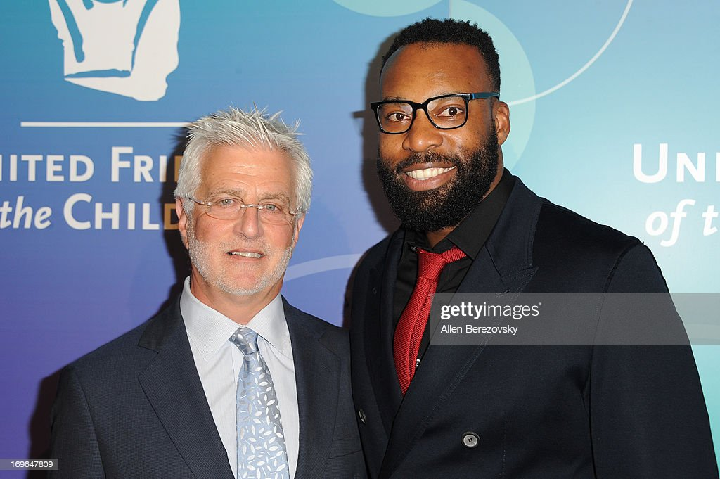 Co-chairman of Lionsgate Motion Picture Group <a gi-track='captionPersonalityLinkClicked' href=/galleries/search?phrase=Rob+Friedman&family=editorial&specificpeople=234962 ng-click='$event.stopPropagation()'>Rob Friedman</a> (L) and former NBA player <a gi-track='captionPersonalityLinkClicked' href=/galleries/search?phrase=Baron+Davis&family=editorial&specificpeople=201592 ng-click='$event.stopPropagation()'>Baron Davis</a> arrive at the United Friends of the Children Brass Ring Awards Dinner 2013 at The Beverly Hilton Hotel on May 29, 2013 in Beverly Hills, California.