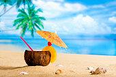 Coconut - Drink-on the beach