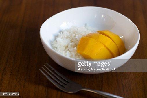 Coconut sticky rice and mango : Stock Photo