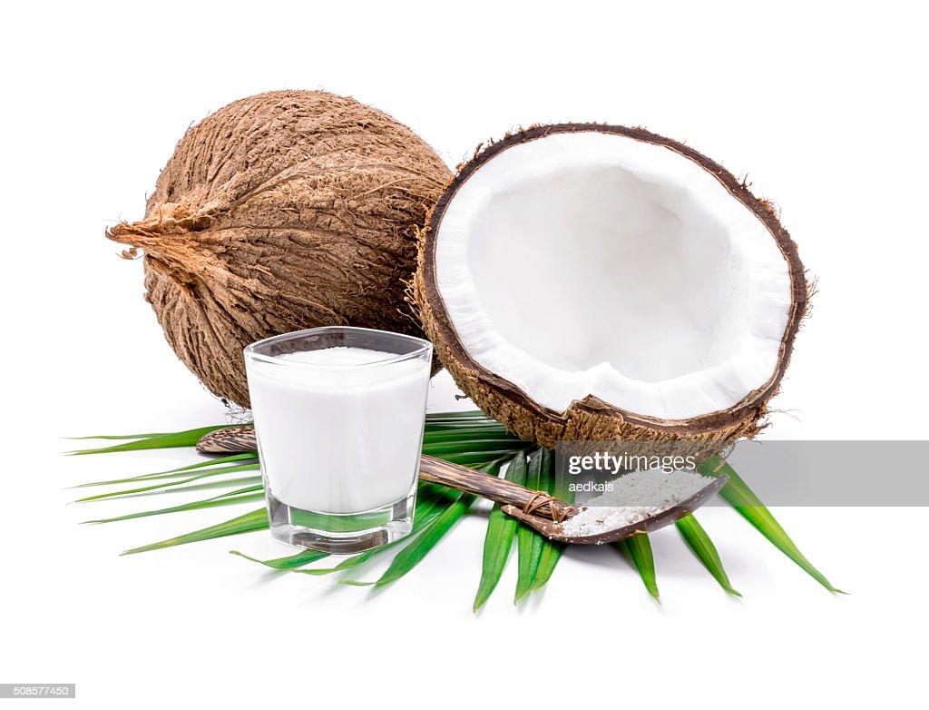 Kokosnüsse und Kokosmilch : Stock-Foto