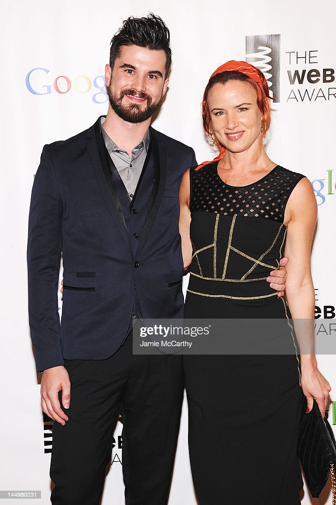 Co-Creator of Sh*t Girls Say Graydon Sheppard and Actress <a gi-track='captionPersonalityLinkClicked' href=/galleries/search?phrase=Juliette+Lewis&family=editorial&specificpeople=202873 ng-click='$event.stopPropagation()'>Juliette Lewis</a> attend the 16th Annual Webby Awards on May 21, 2012 in New York City.
