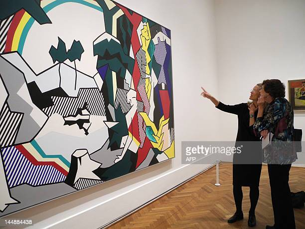 Cocurator Sheena Wagstaff of London's Tate Modern describes Pop art icon Roy Lichtenstein's 'Frolic' during a preview of the first retrospective...