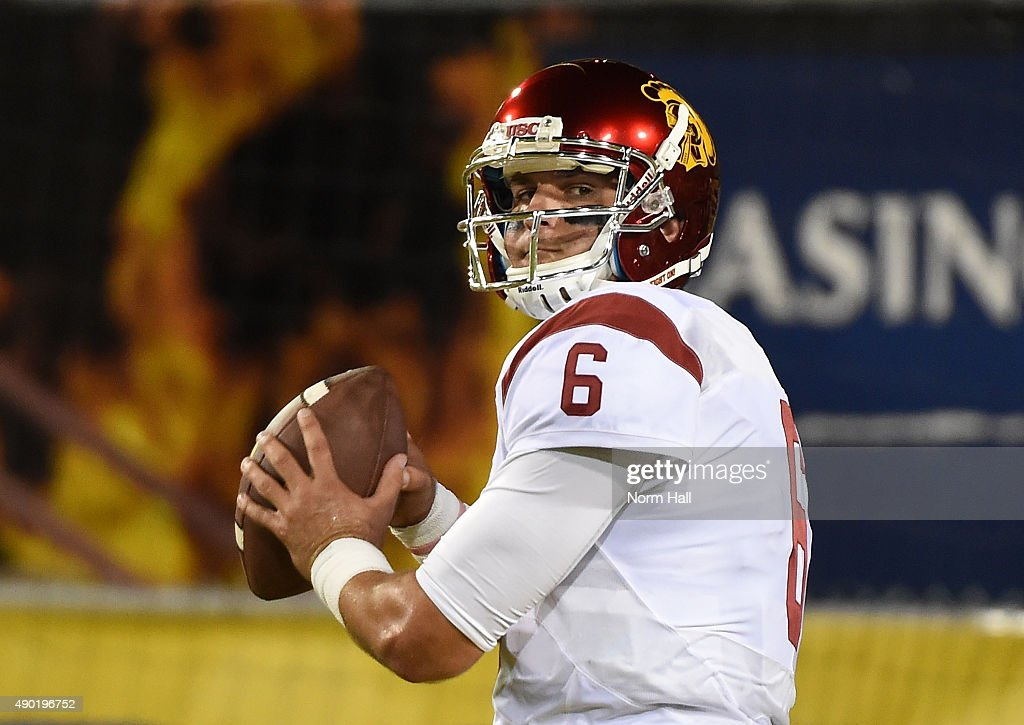 <a gi-track='captionPersonalityLinkClicked' href=/galleries/search?phrase=Cody+Kessler&family=editorial&specificpeople=9870723 ng-click='$event.stopPropagation()'>Cody Kessler</a> #6 of the Southern California Trojans warms up prior to a game against the Arizona State University Sun Devils at Sun Devil Stadium on September 26, 2015 in Tempe, Arizona.