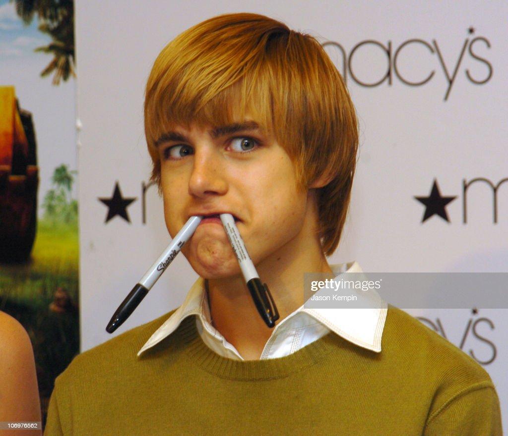 Cody linley hoot